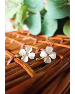 Ivory Clover Crystal Earrings